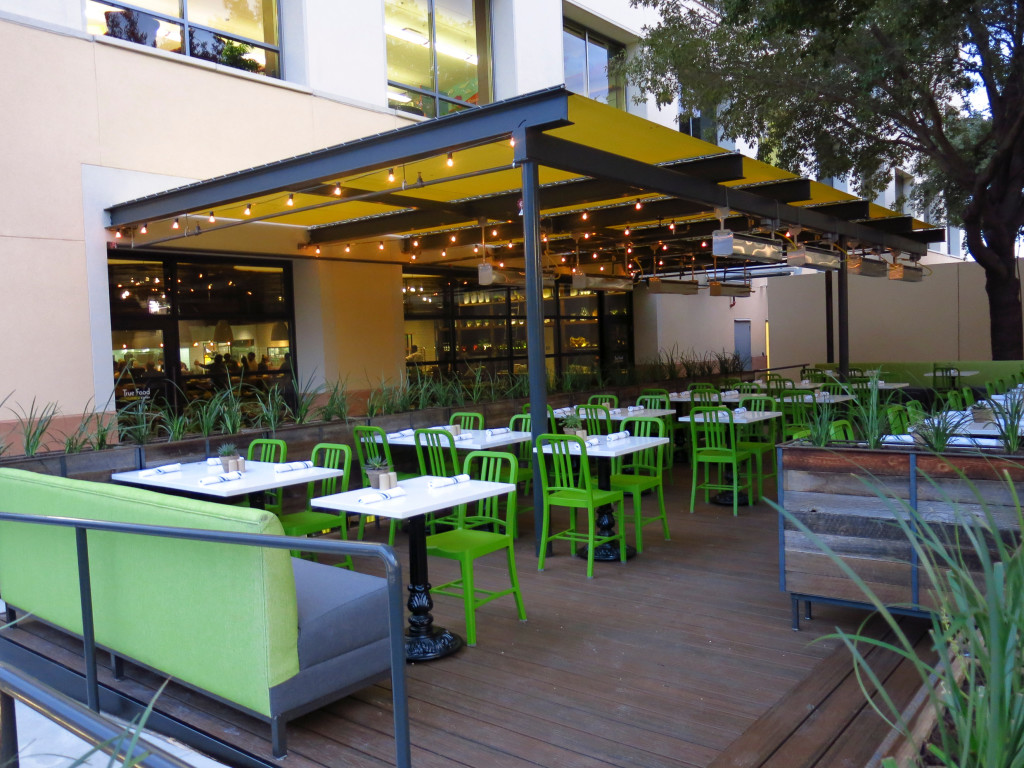 True Food Kitchen Dallas Patio