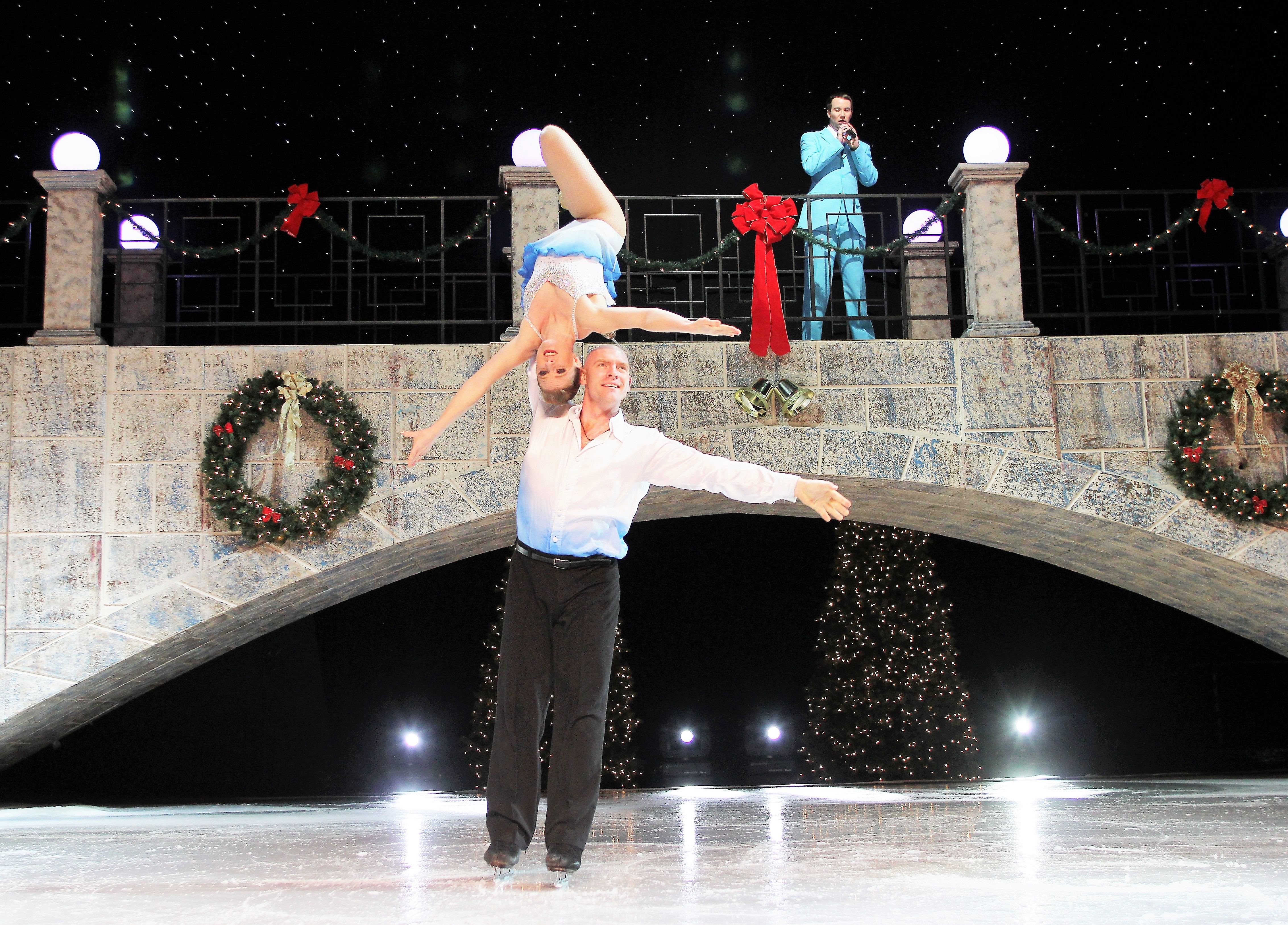 dsm-ice-skaters-a-2